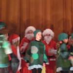 au Pays de Noël - les doublures de Père Noël et les lutins